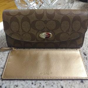 BNWT COACH Slim Envelope Wallet w/ POP Pouch